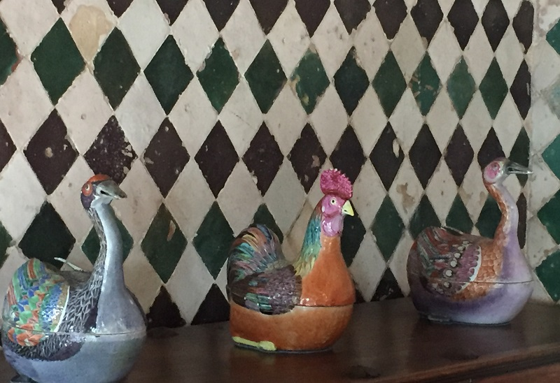 ceramic chickens in Portugal